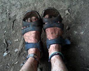 pa-dirty_feet